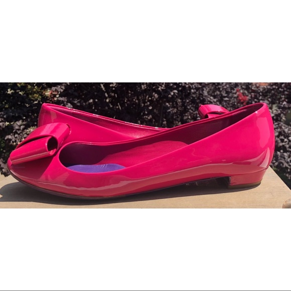 4ee5ae8634c Miu Miu Fuchsia Pink Patent Leather Bow Heel Flats.  M 5b7650afbf7729b31ad695f4